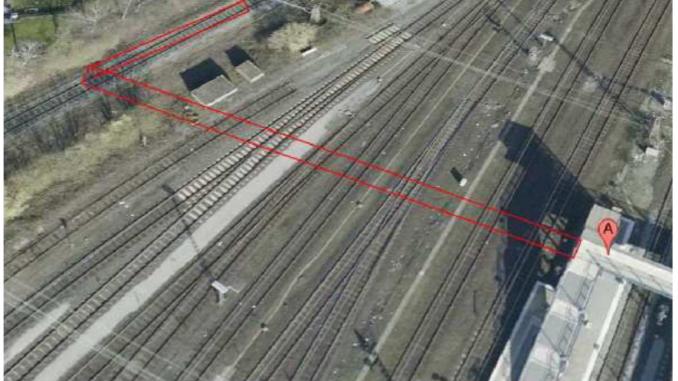 Hier könnte eine Brücke über die Gleise entstehen und der Radschnellweg an die S-Bahn und die Radstation angebunden werden