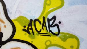 Ein weiteres ACAB-Graffiti im Schürenkamptunnel