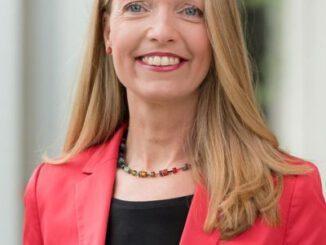 Impfstart - Bürgermeisterin Bettina Weist